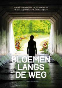 Boek_voorkant_met_bloemen